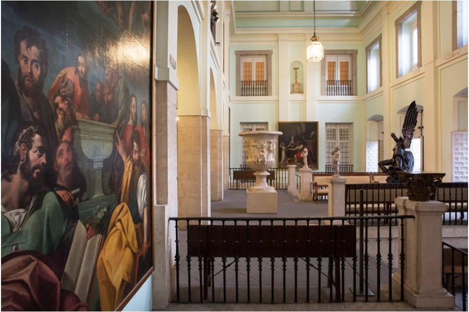 La academia de Bellas Artes de San Fernando existe todavía en Madrid. Allí se forman los artistas actuales. Existe también un museo, en el cual se conservan algunas obras de Goya. Se encuentra en una zona muy bonita de  Madrid.